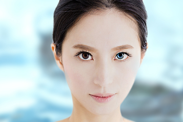 change eye colour coloured ocular implants cosmetic iris implants surgery dangerous complications lee hung ming eye centre.